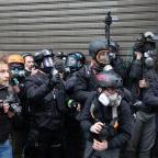 Gilets jaunes : pourquoi les journalistes sont-ils devenus des cibles ?